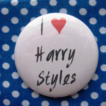 I heart Harry Styles - 2.25 inch pinback button badge