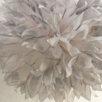 Pearl Gray & White Pom / Wedding Decoration  / Birthday / Party Decoration / Baby Shower Decoration / Nursery Decoration