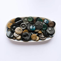 Set of 87 vintage sewn buttons from 1940s to 1970's, dark colors assorted bakelite and plastic mid century buttons lot