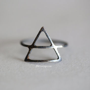 Size 7, Oxidized Sterling Silver Triangle Ring, Distressed Ring, Thin Rings, Simple Rings, Geometric Ring, Minimalist Ring, Ready To Ship!