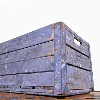 Vintage Wood Crate, Borden's Crate, Borden's Milk, Wooden Crate, Milk Crate, Wood Box, Gray, 1950s, Jackson Pollock