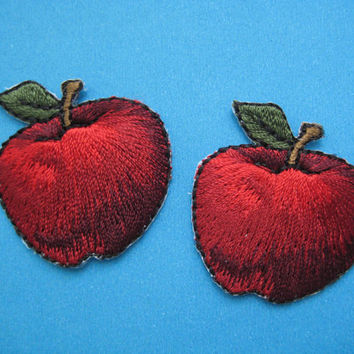 SALE~ 2 pcs Iron-on Embroidered Patch APPLE 1.25 inch