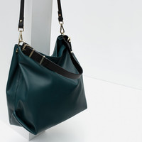 PLAIN BUCKET BAG