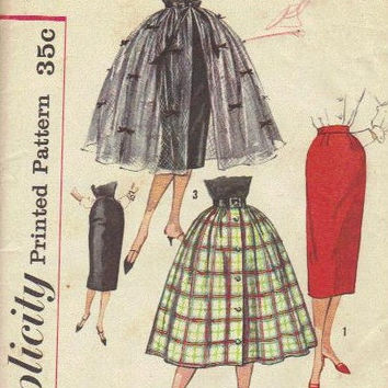 Simplicity Sewing Pattern 50s Wiggle Pencil Skirt Full Flared Circle Overskirt Rockabilly Style Waist 28 Hip 39