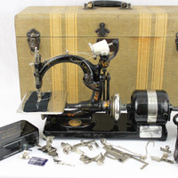 Antique 1915 Willcox and Gibbs Automatic Sewing Machine with Attachments and Case