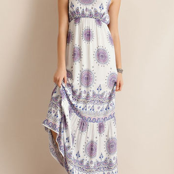 Medallion Print Maxi Dress - Ivory or Navy (Ladies)