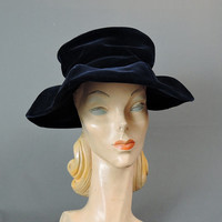 60s Midnight Blue Velvet Hat, Sculpted Wide Brim, 21 inch head, 1960s Vintage hat
