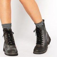 Bellfield | Bellfield Lingfield Leather Chunky Lace Up Ankle Boots at ASOS