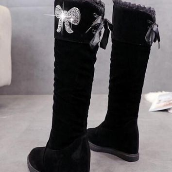 New Black Round Toe Flat Rhinestone Fashion Knee-High Boots