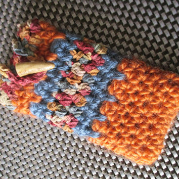 Crocheted Cell Phone Holder / Cozy Fits most smartphones
