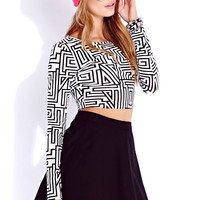 Must-Have Geo Crop Top