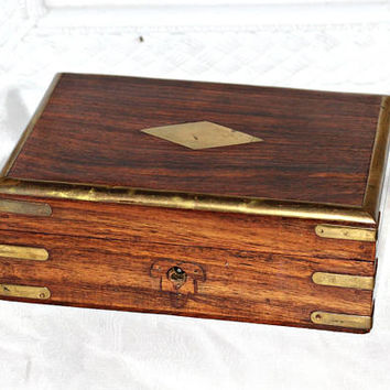Vintage Wooden Box with Beautiful Wood Grain | Trinket Box | Dresser Box with Brass Corners , Edges , and Plate on Top | Made in India