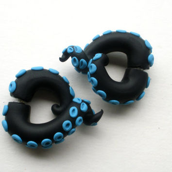 Black Azure Tentacle Earring Fake Gauge -Teal - Octopus - Monster - Creature
