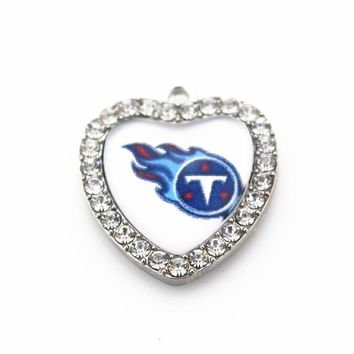 2018 New Arrival 10pcs Tennessee Titans Crystal Heart Football Team Dangle Charms DIY Bracelet Necklace Pendants Jewelry