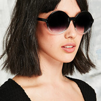 Oversized Fade Sunglasses in Black - Urban Outfitters
