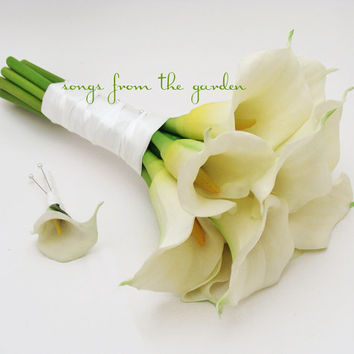 Real Touch Calla Lily Bridal Bouquet Groom's Boutonniere in White - Large Real Touch Calla Lily Bouquet with Mini Calla Boutonniere