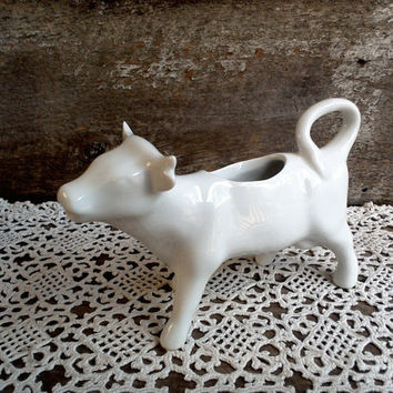 COW CREAMER, Ironstone, Pitcher, Farmhouse Decor, Milky White, Farm Animal Creamer, ServingCow