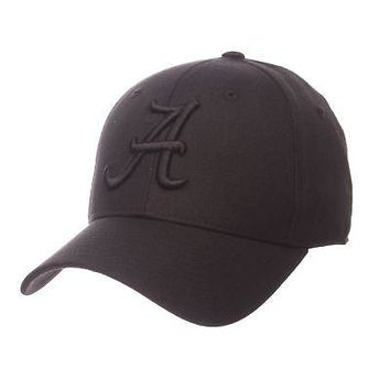 Licensed Alabama Crimson Tide NCAA DH Size 7 1/8 Fitted Hat Cap by Zephyr 602287 KO_19_1