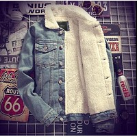 Mens Denim Jeans Jacket Coat Warm Fur Lined Lapel Collar Winter Western Cowboy Peacoats Motorcycle Outwear 3Colors Maxi