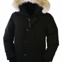 Canada Goose The Chateau Jacket (Black, Large)