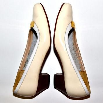Make an Offer SALVATORE FERRAGAMO 1980s Ivory Patent Leather PUMPS Heels Shoes Ladies