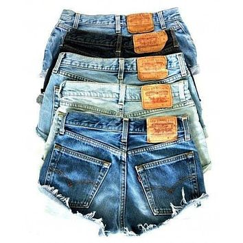 LEVI Denim Cutoff Shorts Mid-High Waist CUSTOM FIT Jean Shorts