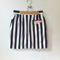 80s stripe mini SKIRT w/ floral hibiscus pocket // size small