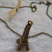 Antique bronze    necklace  Eiffel -   Christmas gift idea