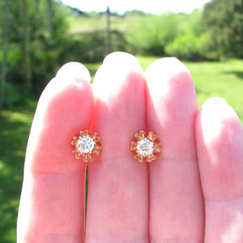 Vintage Diamond Earrings, Beautiful Fiery and Clean European Cut Diamond Studs, 14K Gold Buttercup Settings. approx .50 carats