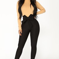 Knot Your Girl Pants - Black