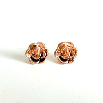 Rose Gold Flower Posts