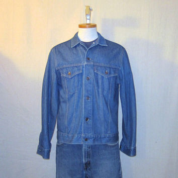 Vintage 70s LEVIS DENIM Small Medium Amazing Stylish Rock Hip Button Up Classic Jean JACKET