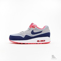 Nike Wmns Air Max 1 Essential 599820-003 hos Six Feet Down Caliroots - The Californian Twist of Lifestyle and Culture