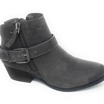 ONETOW Not Rated Tessa Grey Heeled Ankle Booties