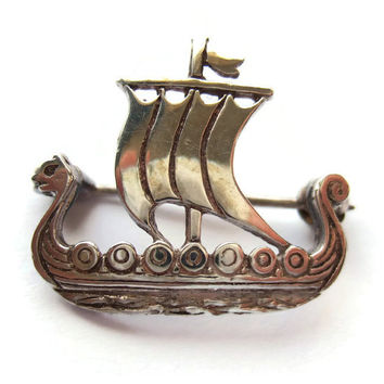 Vintage Malcolm Gray Ortak sterling silver Viking ship brooch, 1981 Edinburgh hallmark, Scottish jewellery. #207b.