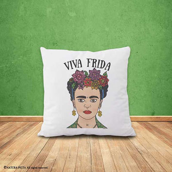 Frida Kahlo pillow cover-Frida pillow-feminist pillow-mexican pillow-decorative pillow-home decor-holiday gift-pillow-NATURA PICTA-NPCP059