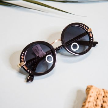 Another Planet Round Sunnies, Black