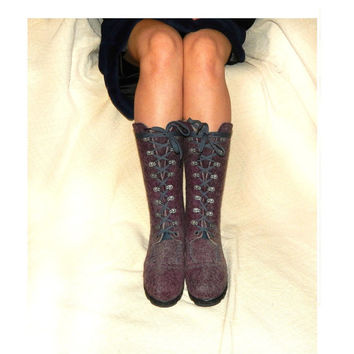 Felted shoes with rubber soles. Eco fashion shoes for teen and women. Felted boots for women. Burgundy with gray