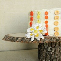 Medium 8 Wooden Cake Plate for Weddings and events by SundayHatch