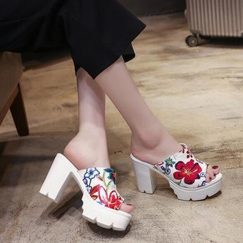 Women Summer Fashion High-heeled Platform Floral Beach Shoes Slippers Sandals