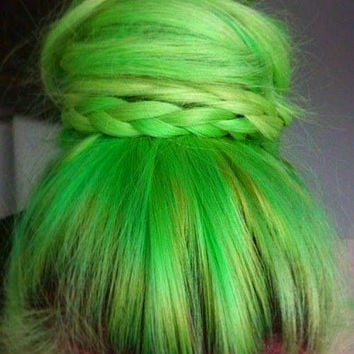 HAIR CHALK: Lime Green // Temporary Hair Color // Chalk Pastel Dye