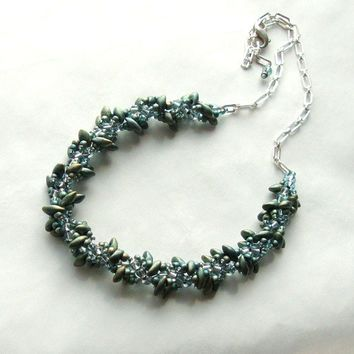 Jewelry Necklace Beadwork Metalic Teal Spiral