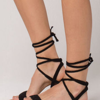 CITY CLASSIFIED Lace Up Leg Wrap Womens Sandals