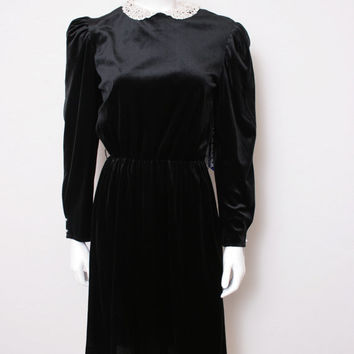 Vintage Black Velvet Long Sleeve Dress with White Lace Collar, Tags Still Attached
