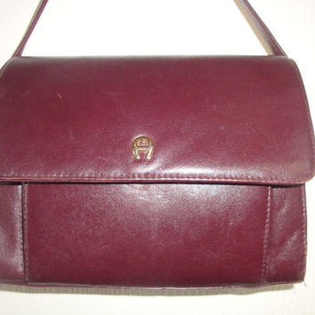 vintage ETIENNE AIGNER mulberry Red LEATHER shoulder crossbody Organizer bAG Purse handbag