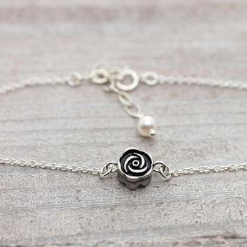 Rose antique silver bracelet with an adjustable extension chain