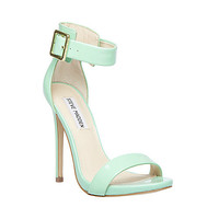 Steve Madden - MARLENEE FAWN PATENT