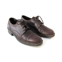 Vintage brown leather oxfords. preppy lace up shoes. women's size 7