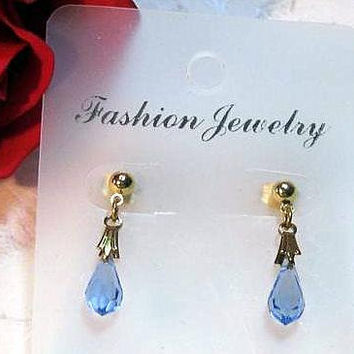 Mothers Day Earrings Crystal Blue Faceted Teardrop Set, Vintage Blue Swarovski Faceted Teardrop Prism, Medium