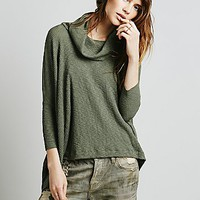 Womens World Traveler Pull Over